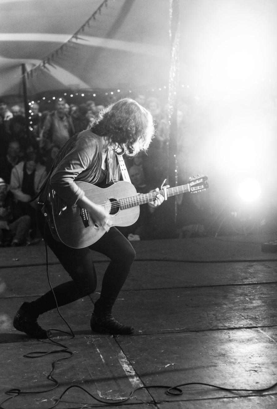 Danni Nicholls singer song writer on stage
